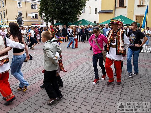«Карпатський вернісаж 2009» — фестиваль майстрів на всі руки
