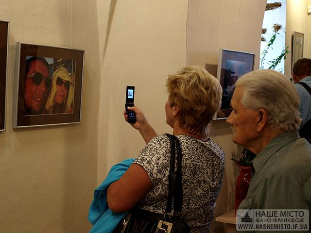 Відкрилася виставка пам'яті Олексія Кожушка