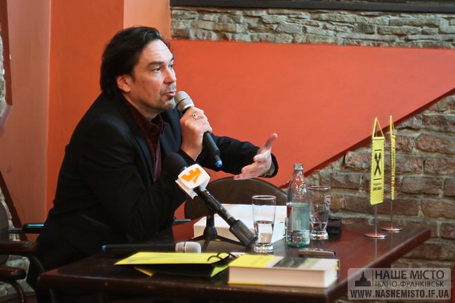 Юрій Андрухович представив найкращу на сьогодні збірку своїх творів — «Книгу відгуків»