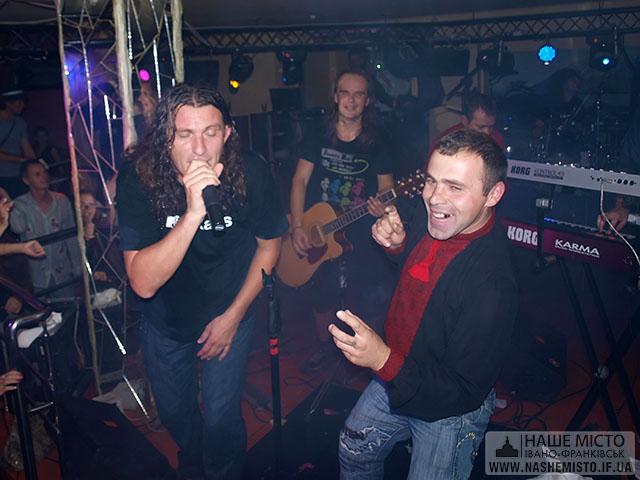 «Скрябін» із Кузьмою виступили на «Українських вечорницях» в Івано-Франківську