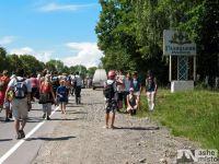 X молодіжна піша проща до Крилоса — 20 кілометрів під палючим сонцем