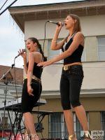 Концерт до Дня молоді біля ратуші